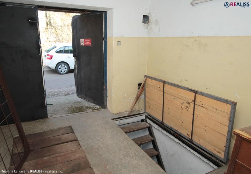garaz-5aprila-bt2.jpg