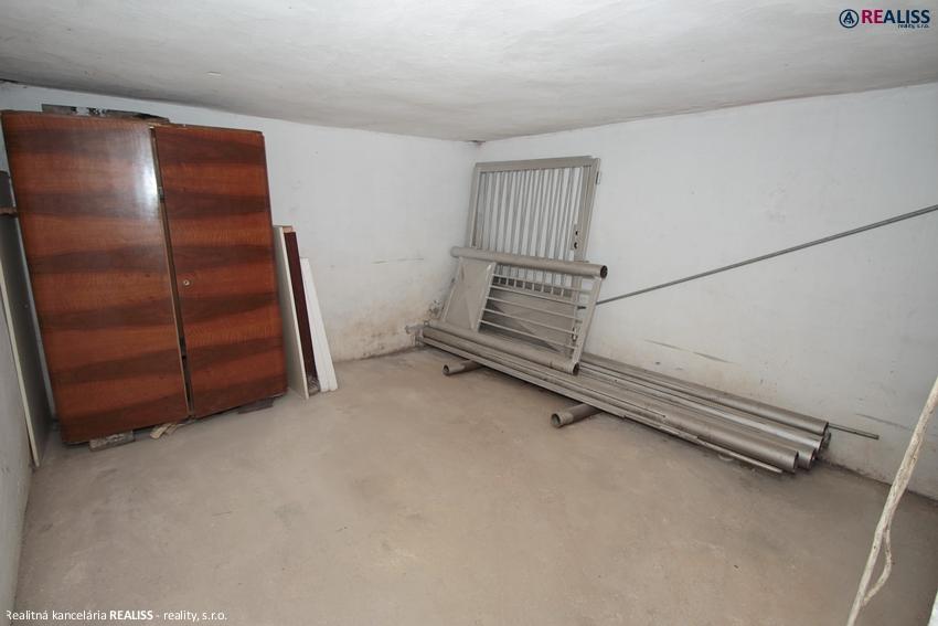 garaz-5aprila-bt3.jpg